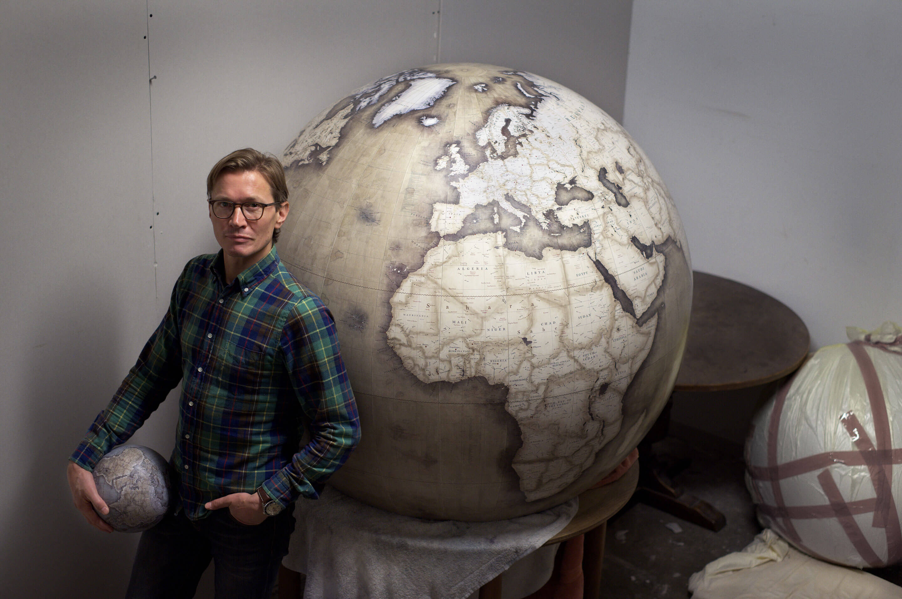 Tack-Studio-Creative-Agency-Peter-Bellerby-and-Co-Globemakers